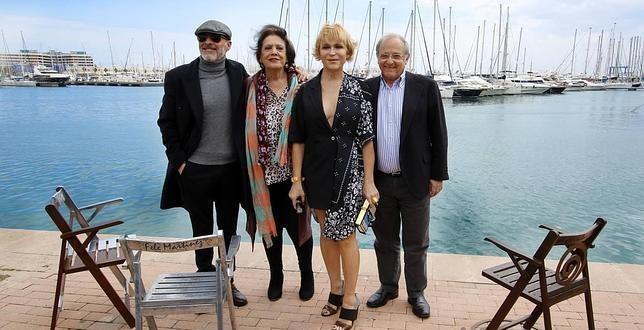 Alicante inaugura el paseo 'La luz de las estrellas' para homenajear a actores y actrices premiados en el Festival de Cine